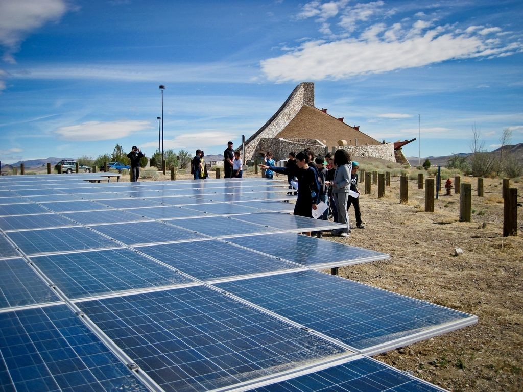 Need Assistance As Well As Some Tips On Green Energy Advantages Of Solar Power Energy Solarene Green Energy Solar Advantages Of Solar Energy Renewable Solar