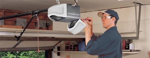 Garage Door Repair Uniondale Is A Single Company That Offers Special Offers And Huge Discoun Garage Door Repair Spring Door Repair Garage Door Opener Repair