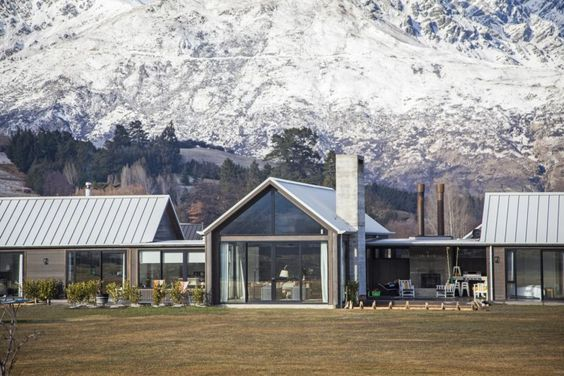 Gable Home Queenstown Nz Commercial Joinery Scillion Roof Nzhomes Article Build Me Black Cedar Ht With Images Barn House Design Farmhouse Design Architecture House