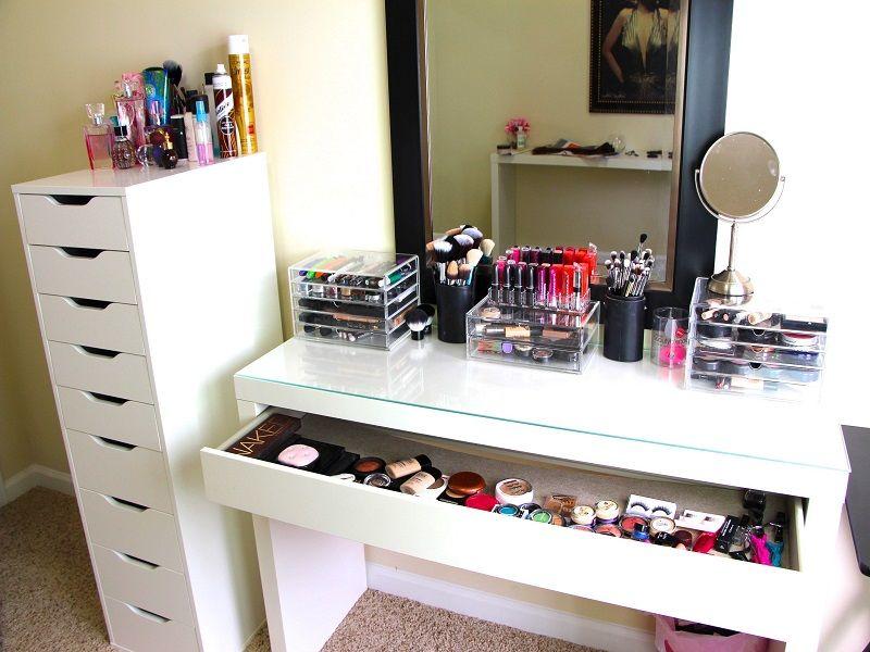 Best 40+ Makeup Station Ideas Ikea dressing table