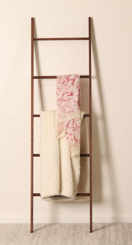 Minimal Slim Blanket Ladder 6ft Ladder Quilt Ladder Wood Ladder Minimal Style Towel Rack Leaning Ladder Decorative Ladder In 2020 Ladder Decor Quilt Ladder Blanket Ladder
