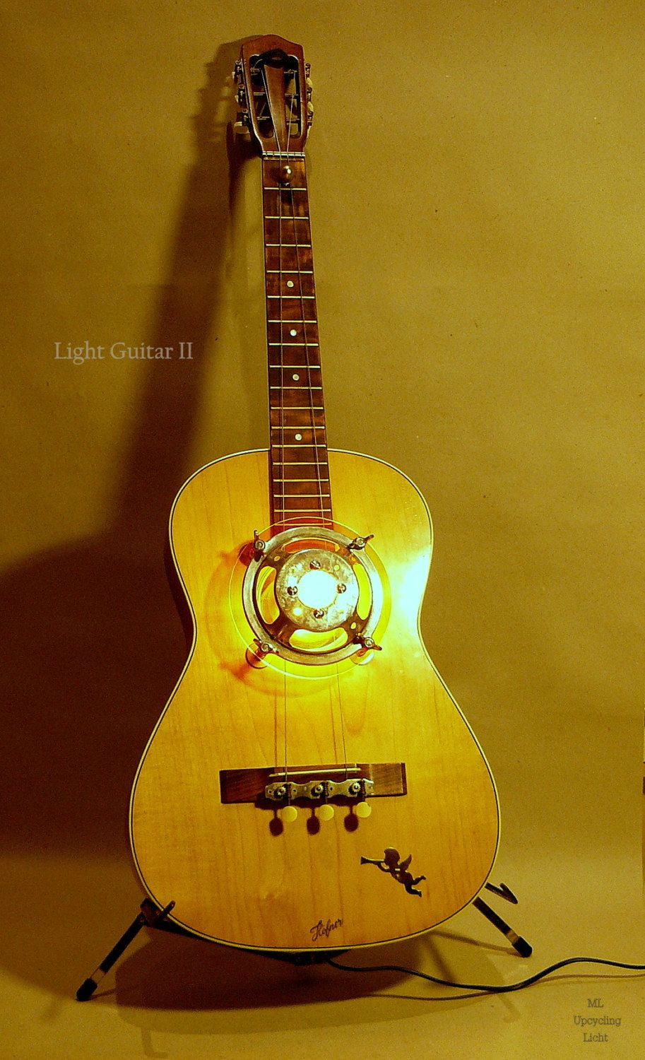Table and Wall Lamp Light Guitar a handcrafted by MLUpcyclingLicht ...