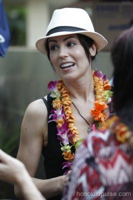 Michelle Borth at a #H50 Tweetup #Five0Redux  http://www.honolulupulse.com/movies-tv/five-0-redux-borth-takes-the-cake#
