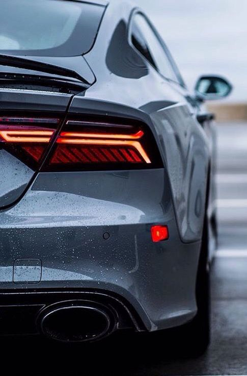 Audi Rs7 With Images Super Luxury Cars Audi Rs7 Audi