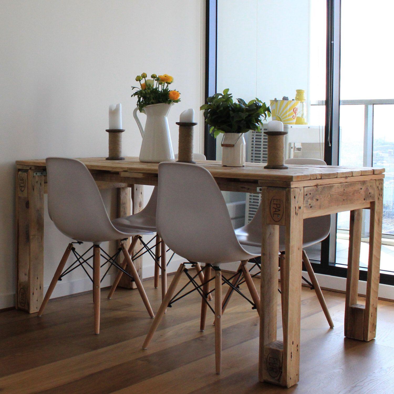 Pallet dining table palettes mobilier de salon table palette et table manger palette - Table a manger palette ...