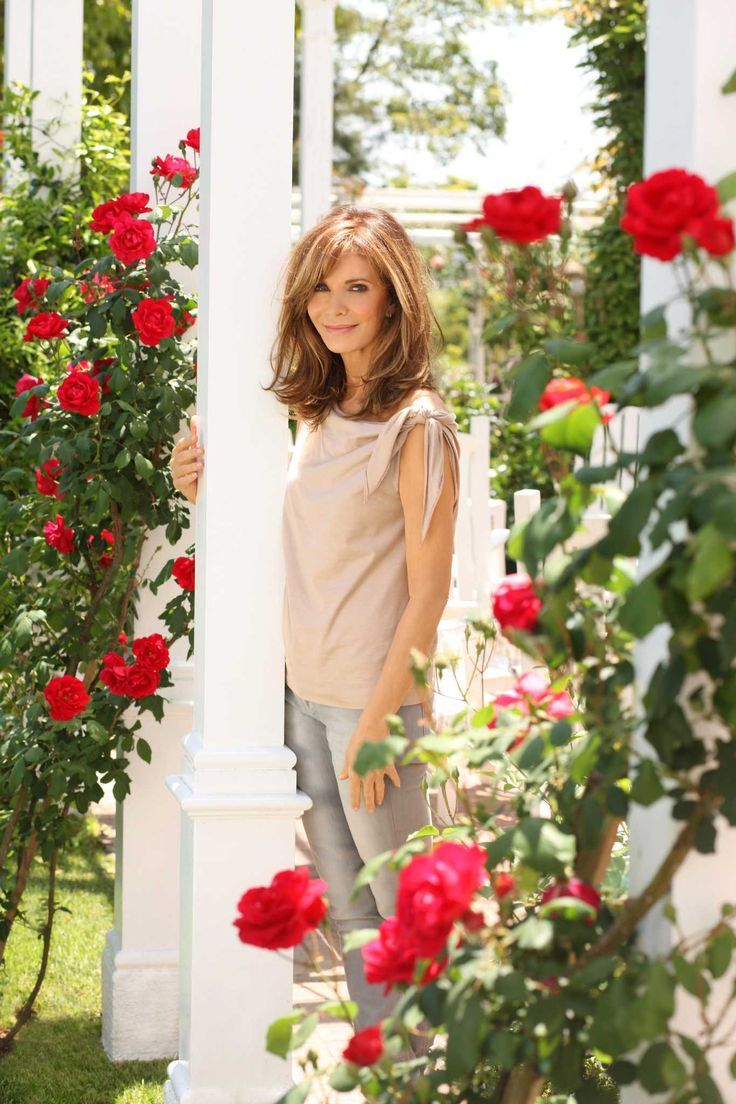 17 Best ideas about Jaclyn Smith on Pinterest Med length