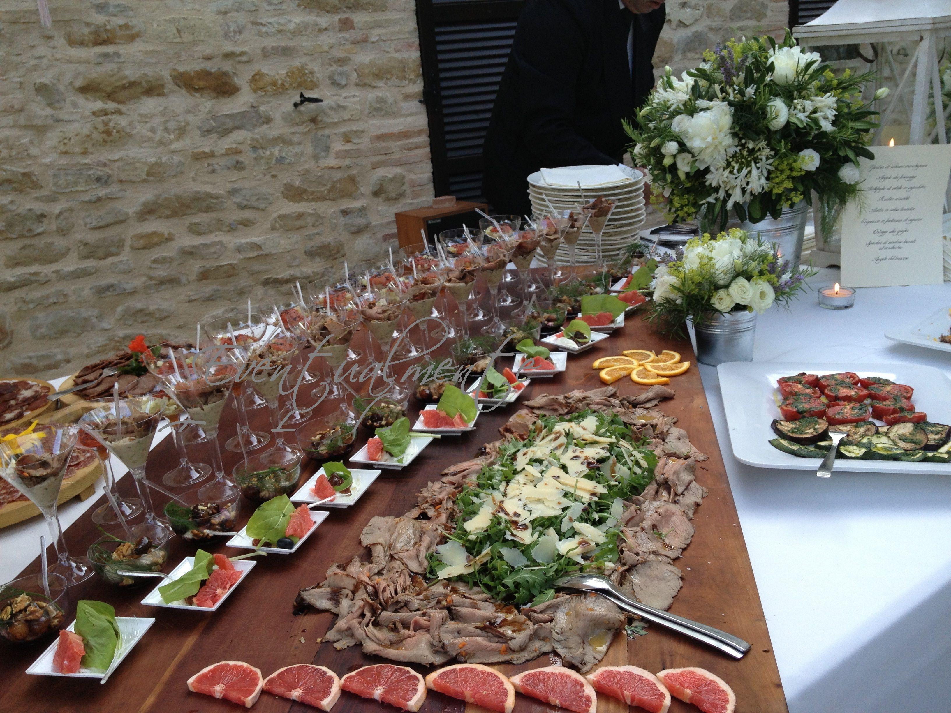 Tavolo buffet ~ Allestimento tavolo da buffet food catering catering