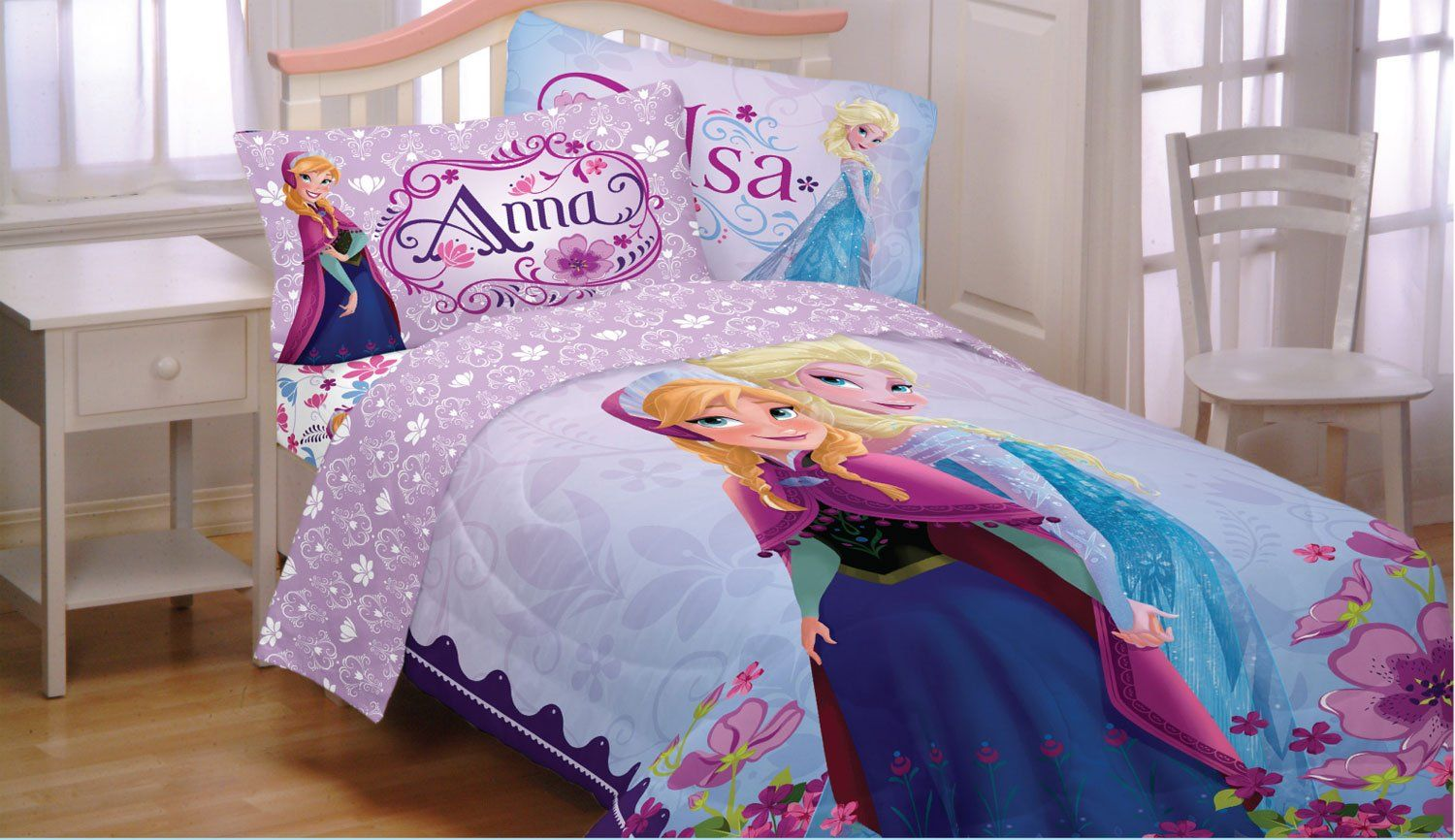 Disney S Frozen Princess Anna Elsa Full Comforter Sheet Set T 5 Piece Bed In A Bag By Disney Celebrate Love Wi Bett Ideen Tagesdecke Teenager Bettwäsche