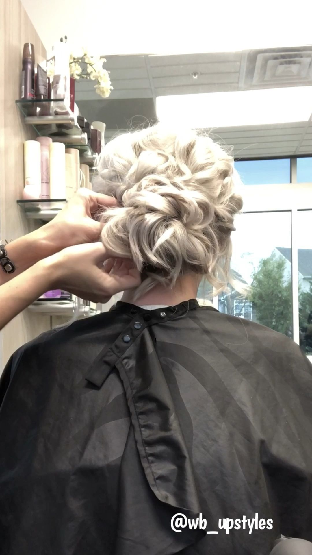 Wedding Hair Stylists Near Me Wedding Hair Styles For Short Hair Wedding Hair Veils Wedding Hair Styles F In 2020 Hair Styles Wedding Hairstyles Videos Hair Videos