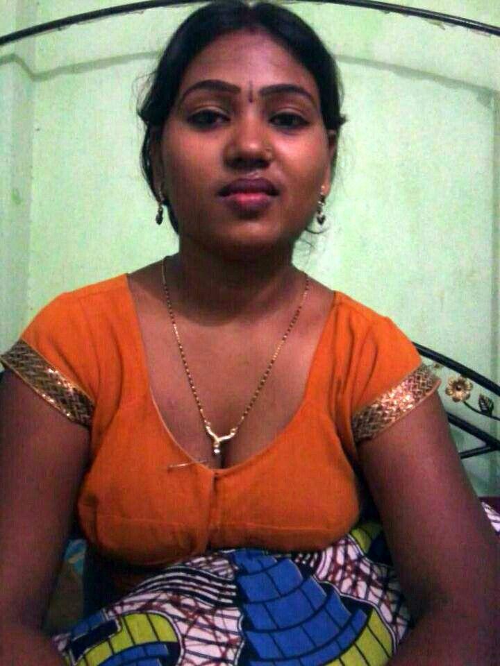 South Indian Women Nude Photos. Sexy Indian Babes