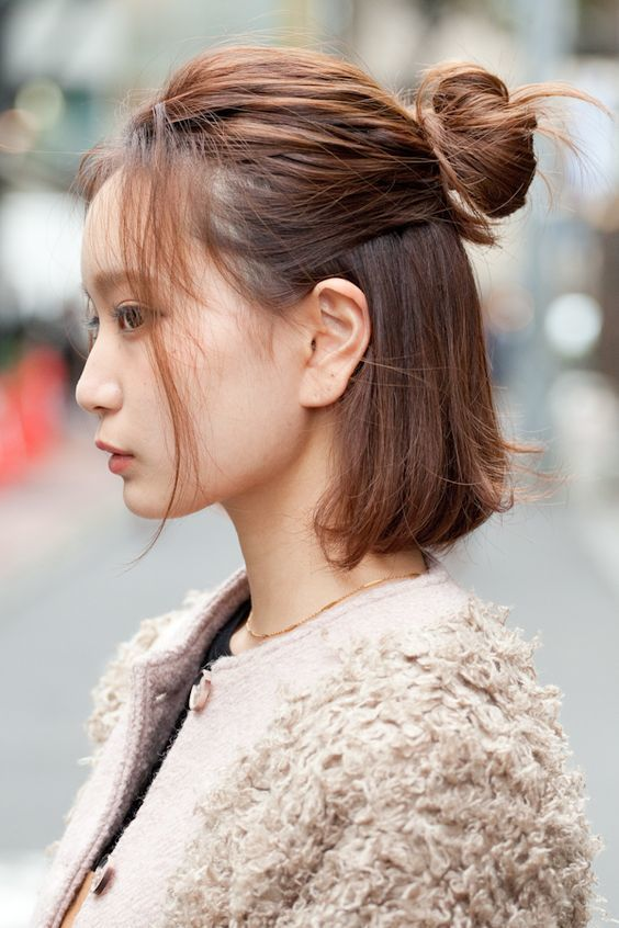 In case you haven't heard, bobs of varying length are the latest K-Beauty fad. | Korean short ...