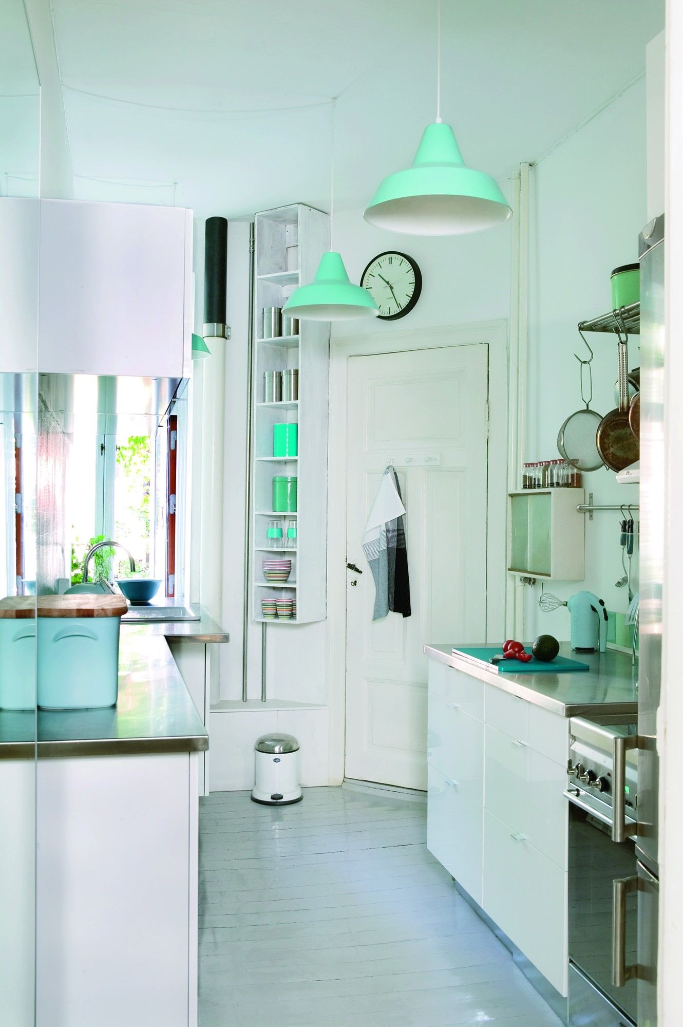 Småt og blåt miniputkøkken | Lille, Kitchens and Room