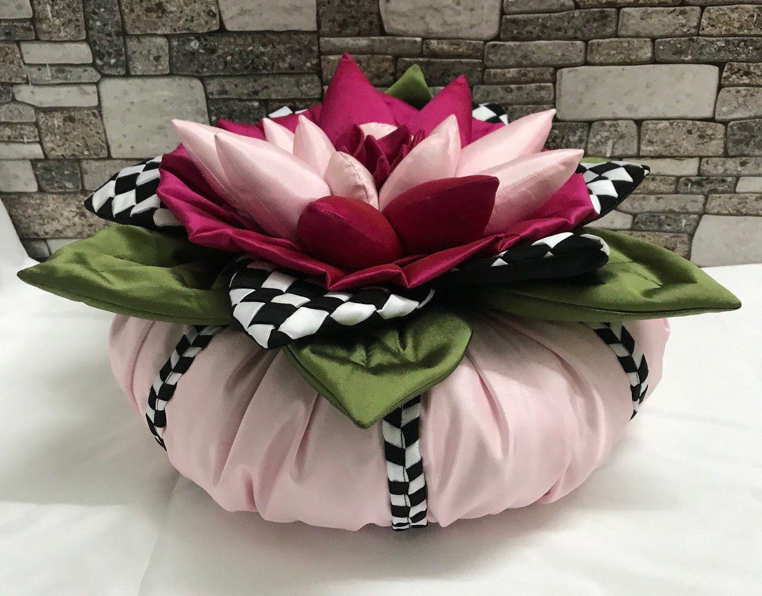 Pink Throw Pillows Stranger Things Round Pillow Home Decor Pillows Flower Boho Gift retro pillow Sunflower Pink