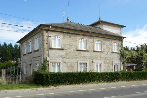 Lugo. Casa señorial en venta. San Cristóbal de Chamoso O