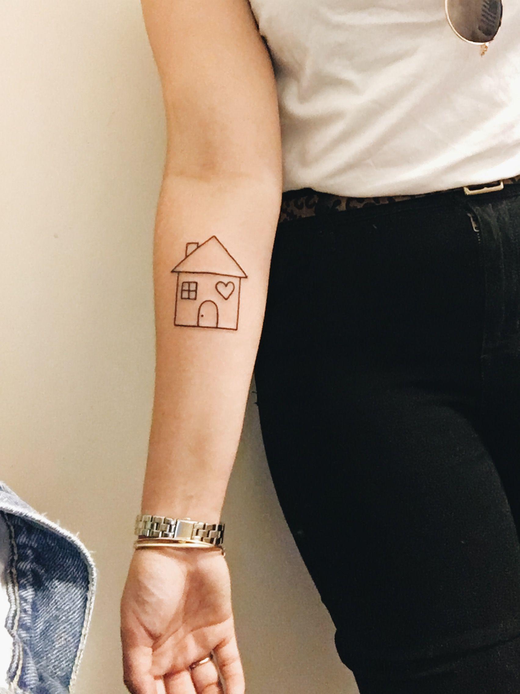 Casa Tatouage house tattoo #tattoo #ink #house #smalltattoo | ink | pinterest