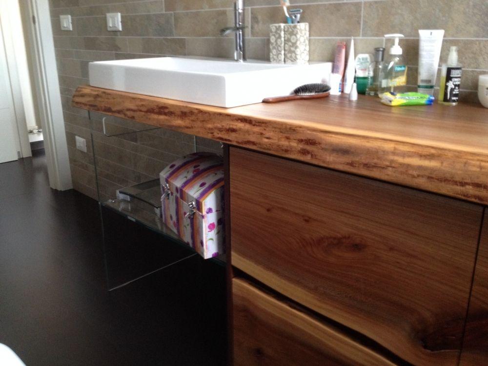 Risultati immagini per piano legno bagno