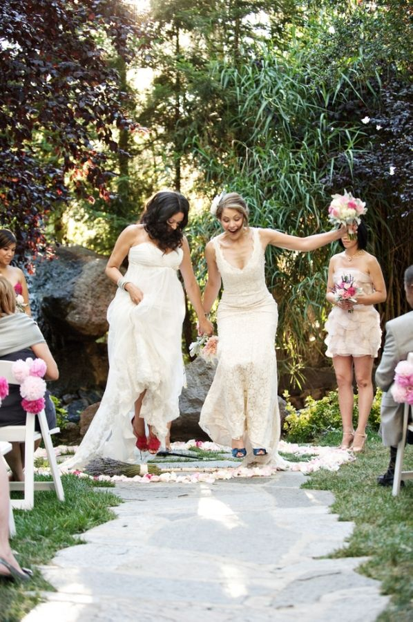 Backyard Malibu Wedding Weddings Wedding And Handfasting