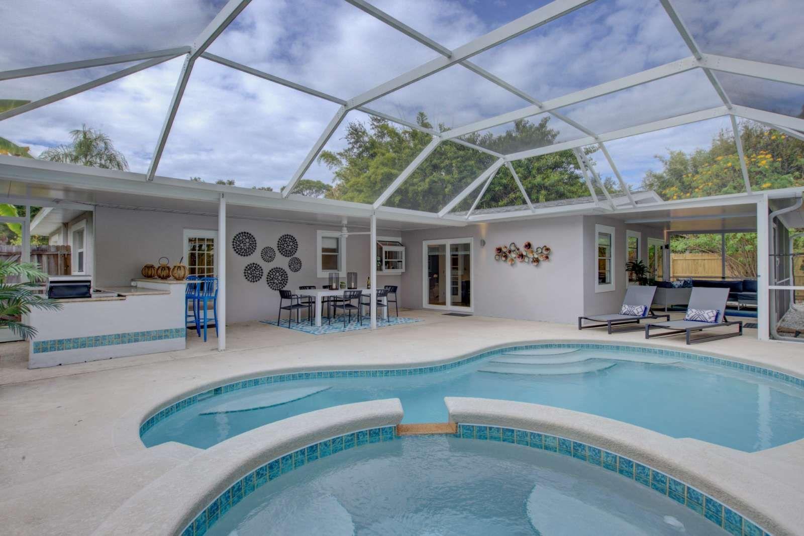 Sarasota vacation rental walk to waters edge wifi do
