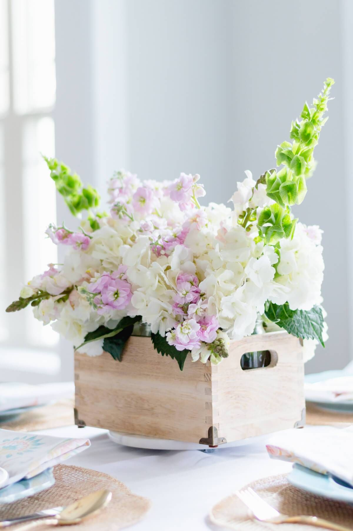Easy Diy Spring Flower Arrangement Home Decorating Flower