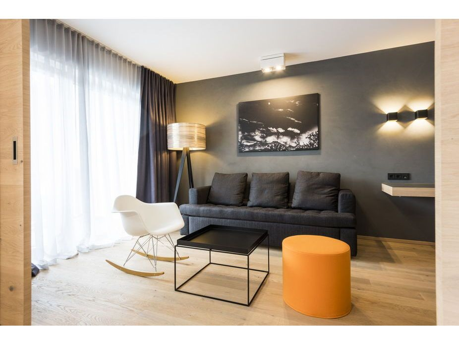 Zimmer Im Hotel Graseck Designfunktion Schaukelstuhl RAR Von