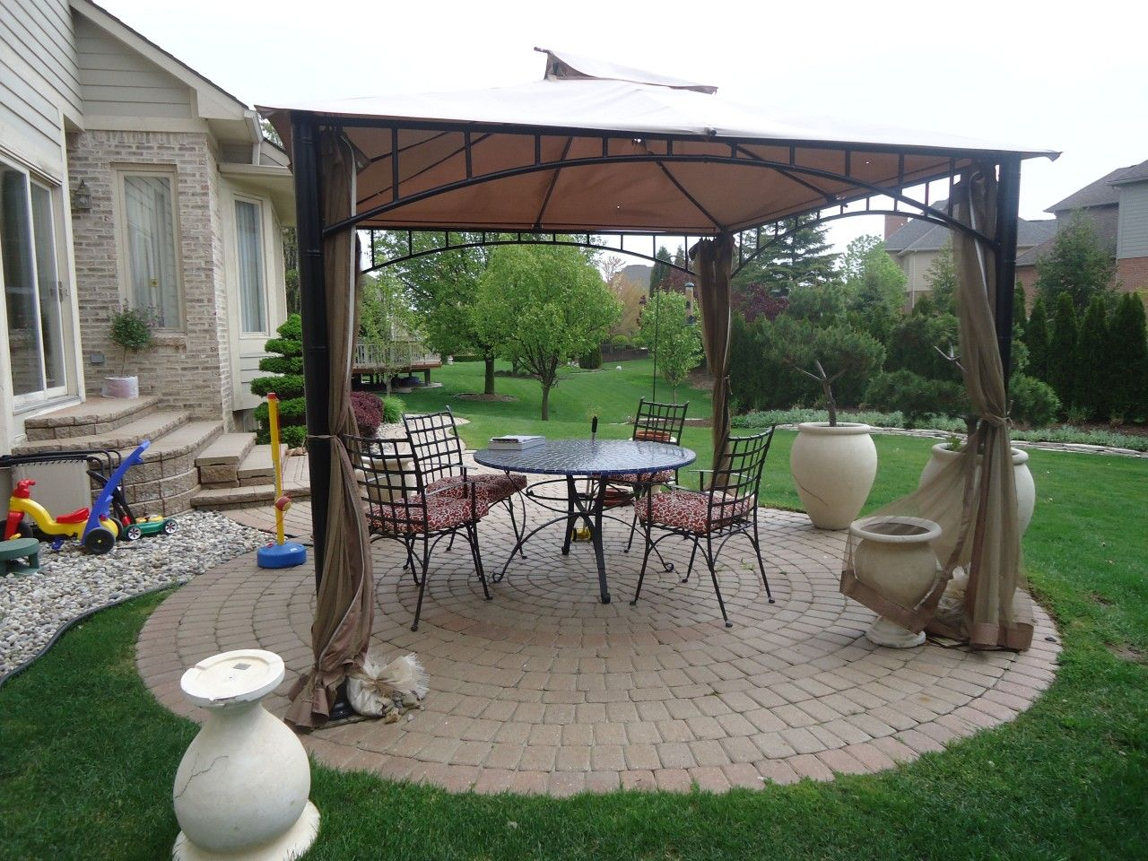 Amusing Landscaping Ideas For Backyards Inspiration Exquisite ...