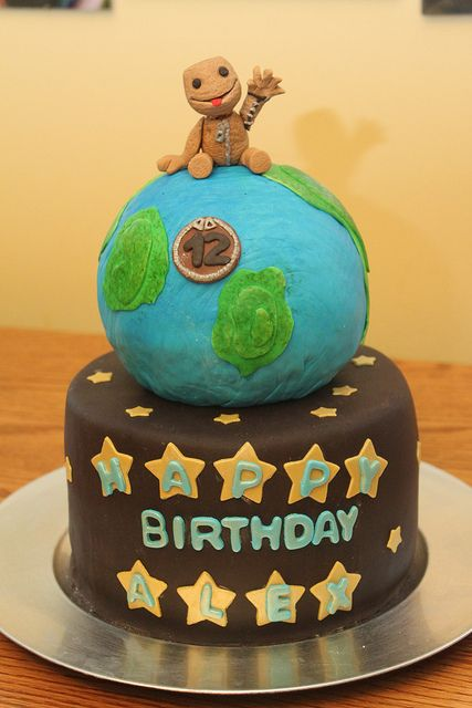 Pleasant Little Big Planet Cake With Images Planet Cake Little Big Birthday Cards Printable Riciscafe Filternl