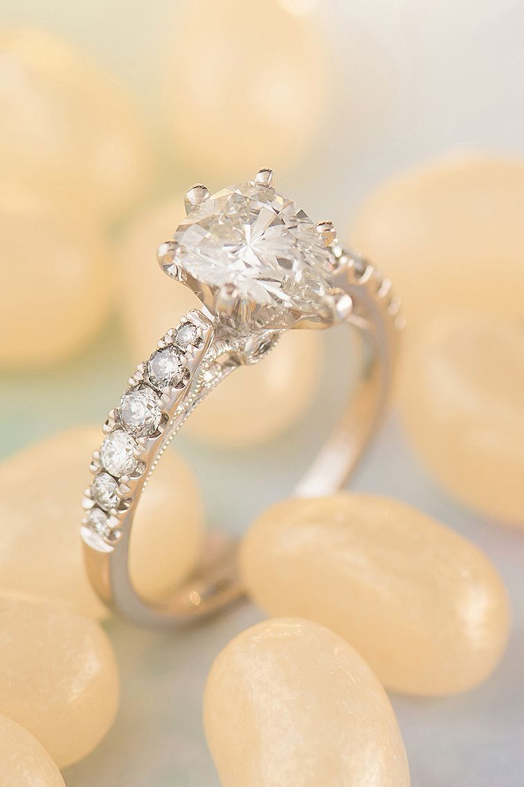 Classic Vintage Diamond Engagement Platinum Ring