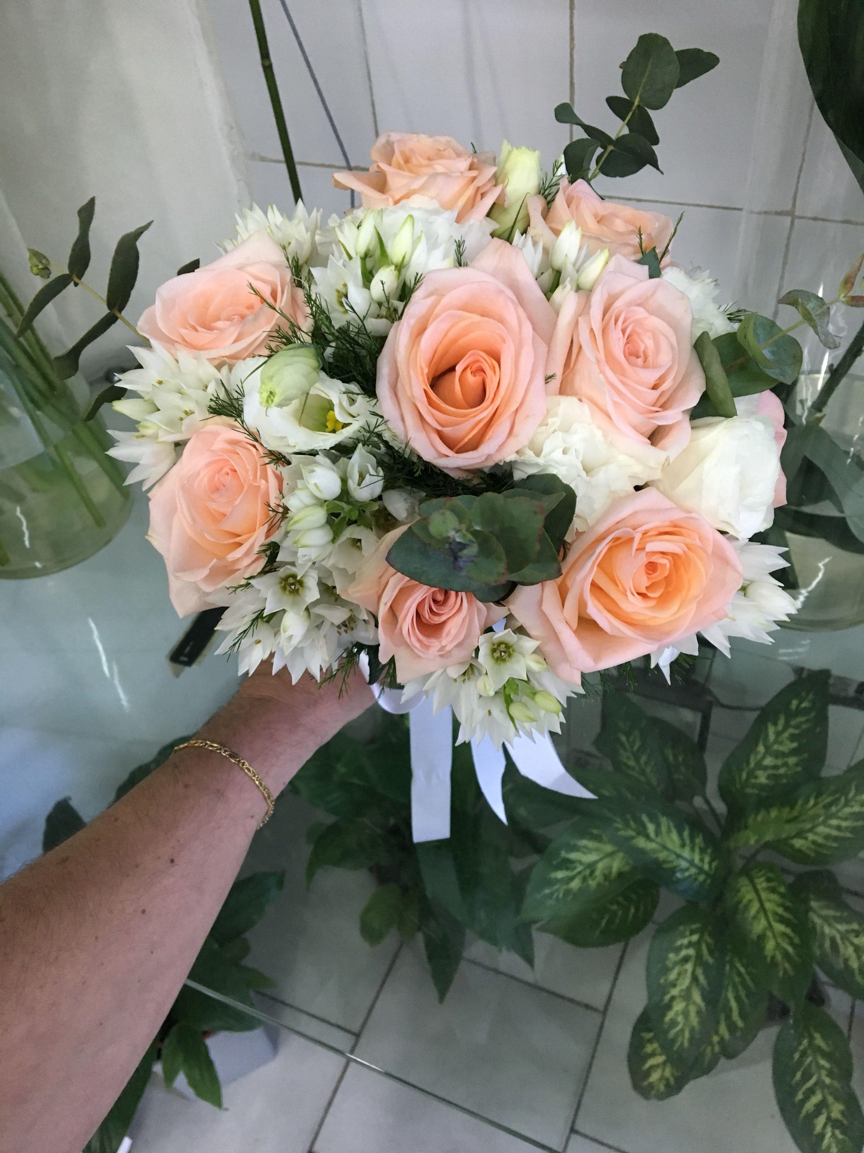 Ramo de Novia 👰 de rosas lisianthus y ornitogalo. Diseño y
