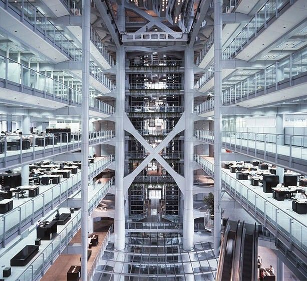 Hsbc building hong kong designed by architect sir norman for Modern bank building design