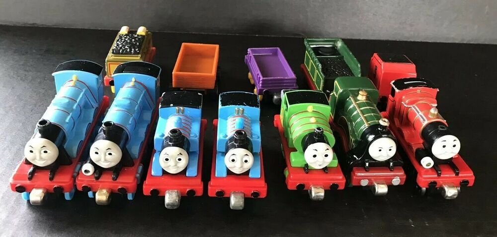 Thomas The Train Magnetic Die Cast Plastic Engines And Cars