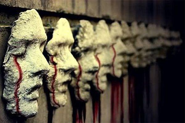 129 World`s Insanest Scary Halloween Haunted House Ideas Halloween