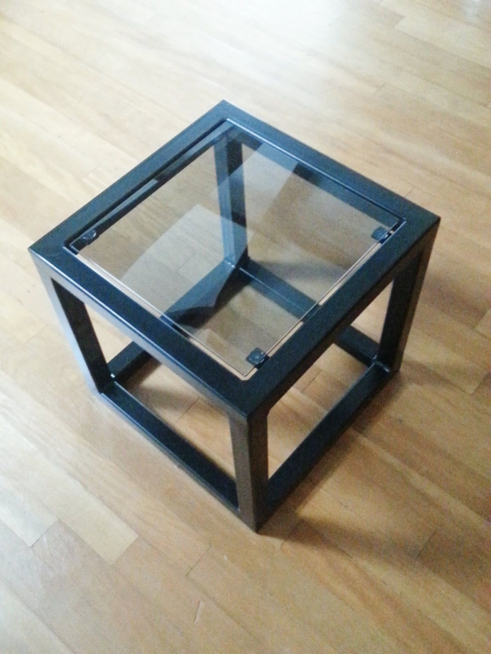 Contemporary Steel Glass Cube Side Table Etsy In 2020 Steel Coffee Table Cube Side Table Metal Furniture [ 2117 x 1588 Pixel ]