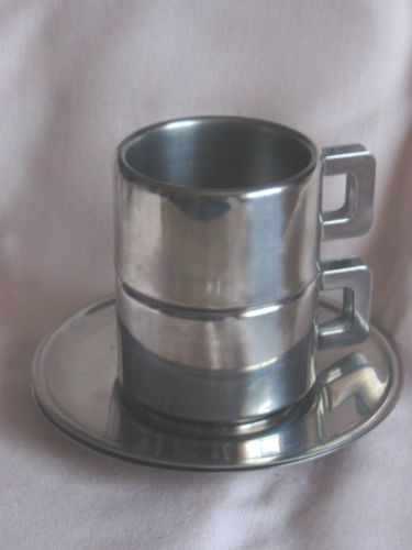CASALINGHI-ITALY-ESPRESSO-STAINLESS-STEEL-COFFEE-CUPS-SAUCERS-X-2-EX-COND