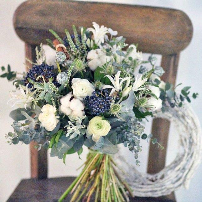 19 Inspiring Winter Flower Arrangements on Instagram via Brit + Co ...