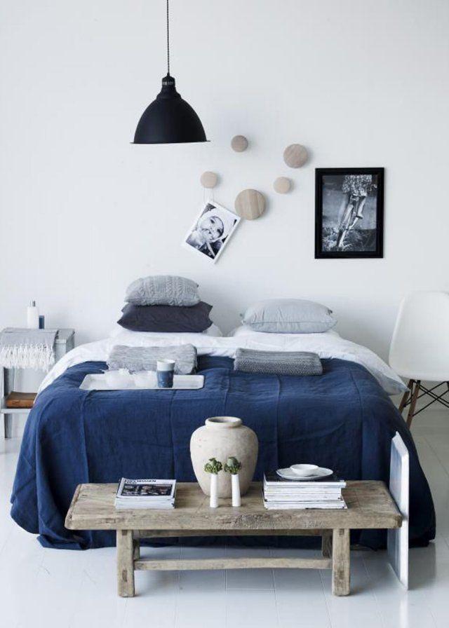 Nos Idees Pour Un Bout De Lit Style Chambres Bleues Et Blanches