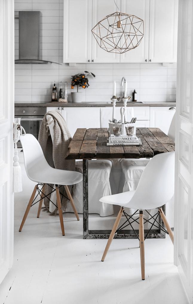 Du Stylisme Suedois Comme On L Aime Planete Deco A Homes World Farmhouse Dining Rooms Decor Scandinavian Dining Room Interior Design Kitchen