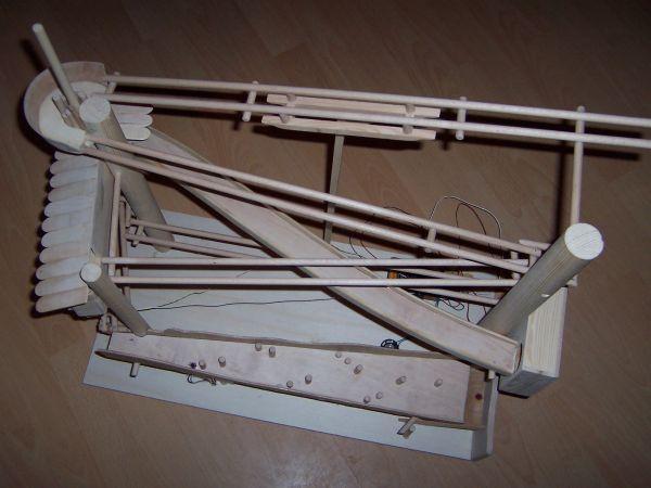 murmelbahn f r kinder bauanleitung zum selber bauen diy crafts pinterest murmeln. Black Bedroom Furniture Sets. Home Design Ideas