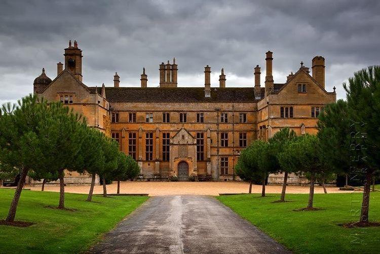 Classic Mansion On Instagram Batsford Park What Do You Think Fotos De Castillos Castillos Palacios