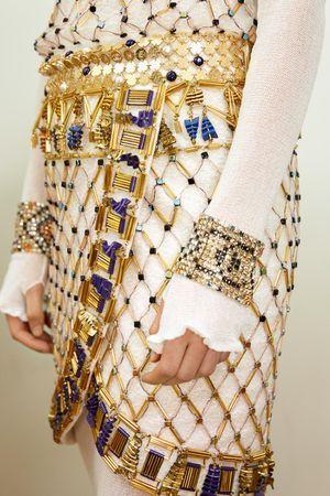 Chanel Metiers D Art 2018 19 New York Mode Egyptienne Mode Egypte Idees De Mode