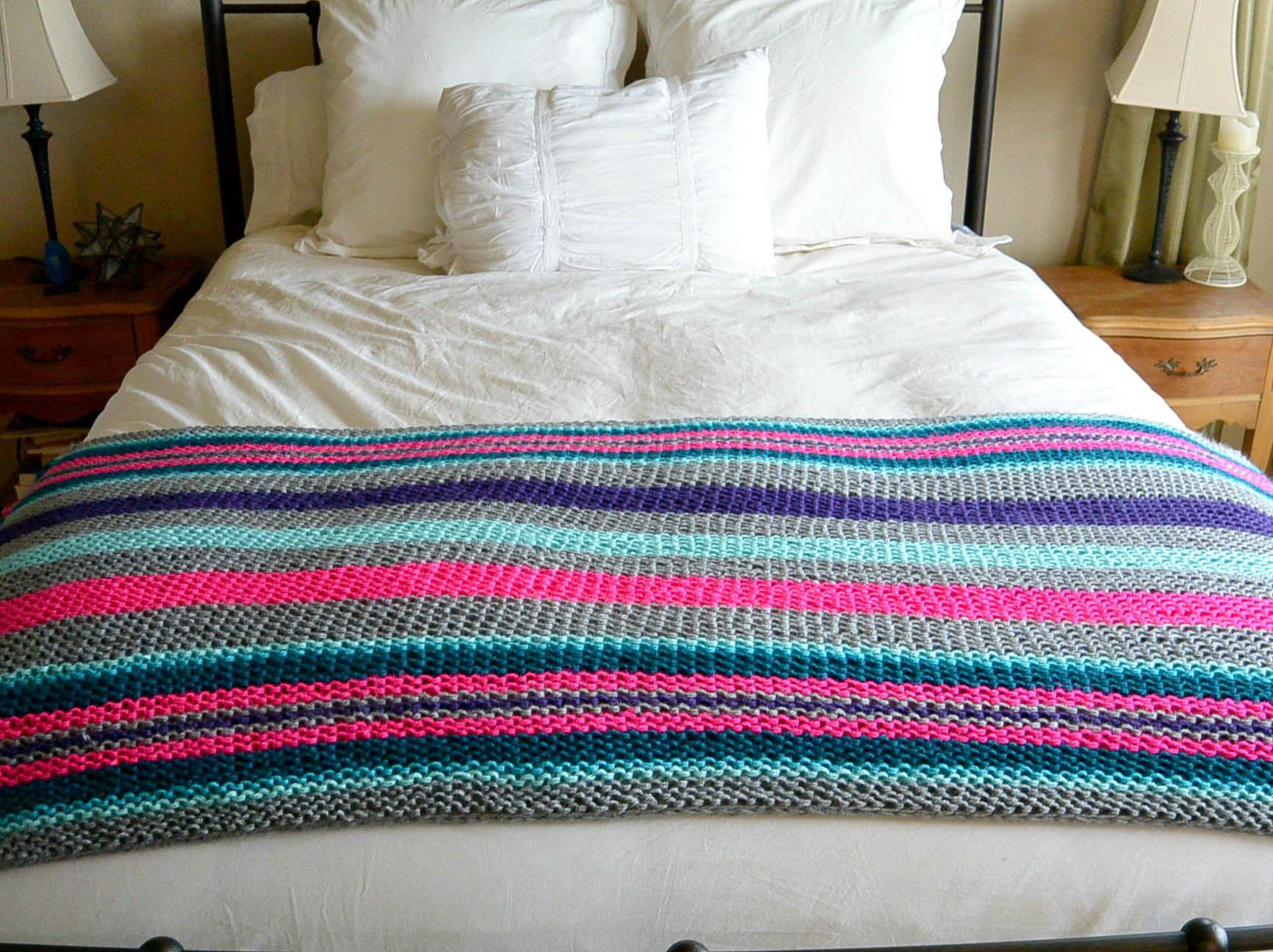 Easy Native Stripes Knit Blanket / Throw | Blanket, Knit patterns ...