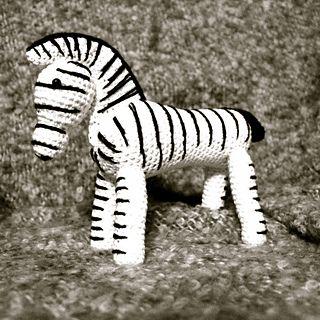free crochet zebra