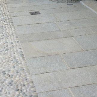 Pavimentazioni Esterne In Pietra.Pietra Di Luserna Gottardi Pavimentazioni Esterne Varese