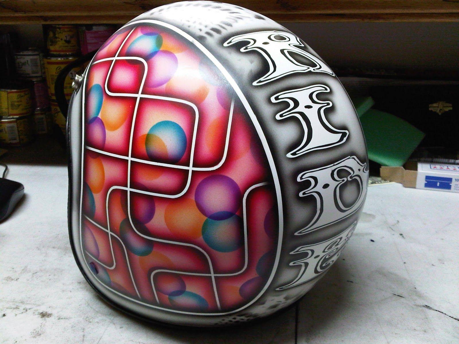 I Frackin Love This Paint Job Vintage Helmet Helmet Paint Helmet Design