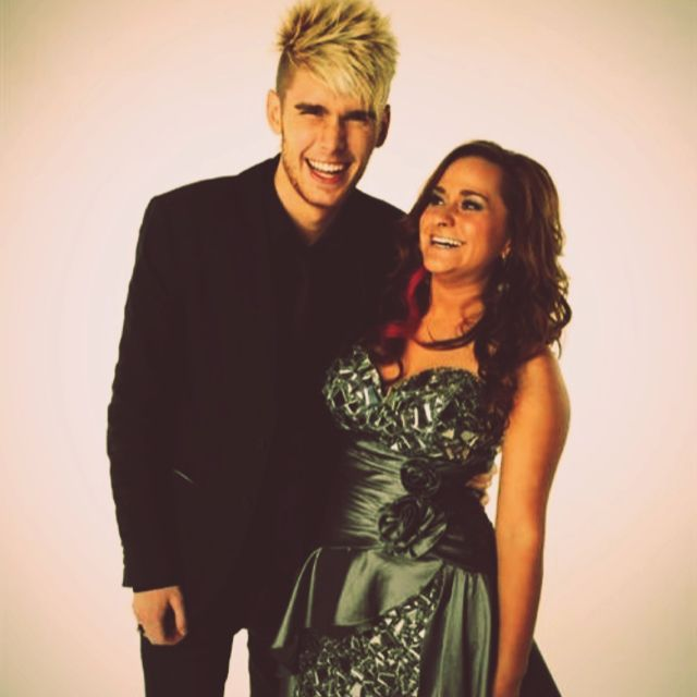 Is colton dixon dating skylar laine