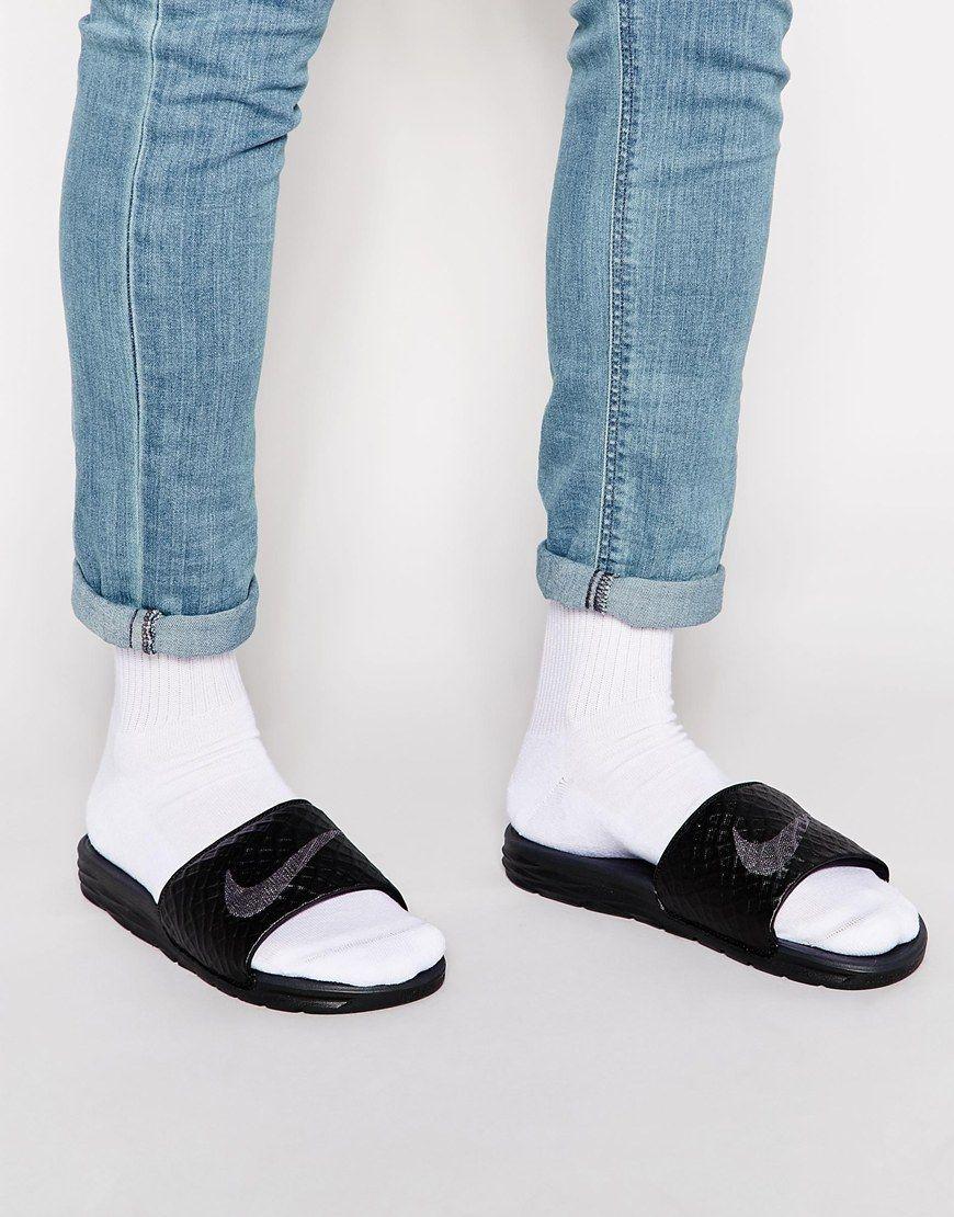 59f3e3100c7 Nike Benassi Solarsoft Slider Flip Flops 705474-091