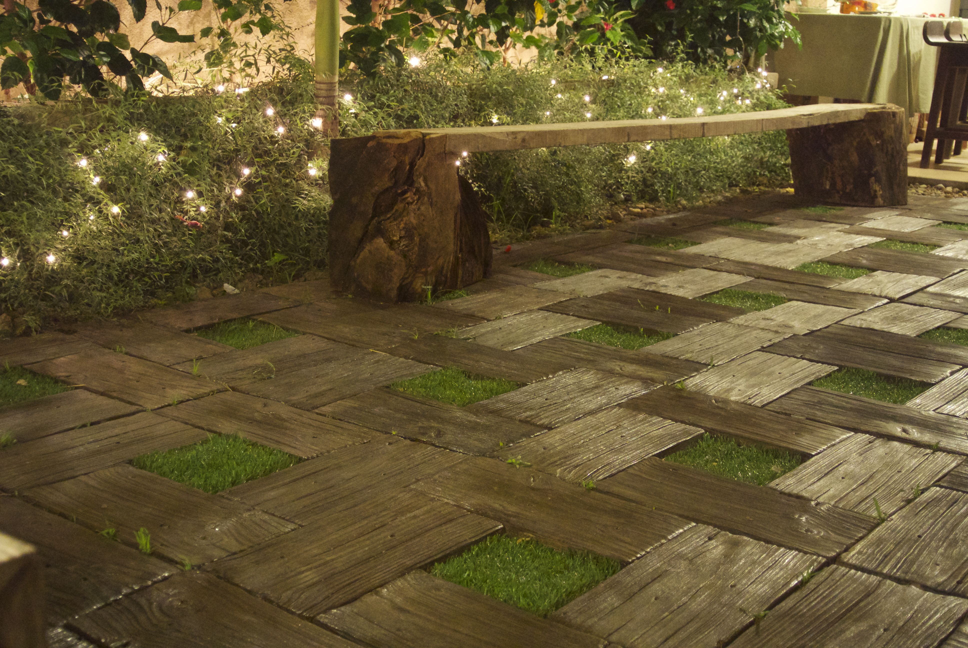 Gfrc Wood Paneles For Garden Flooring With 20x20cm Open Space In