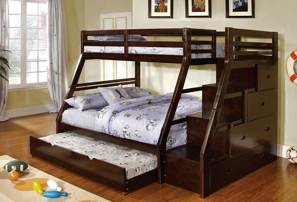 Merveilleux Saving More Space Inside Your House With Useful Full Over Queen Bunk Bed:  Great Full Over Queen Bunk Bed With Triple Beds And Storages