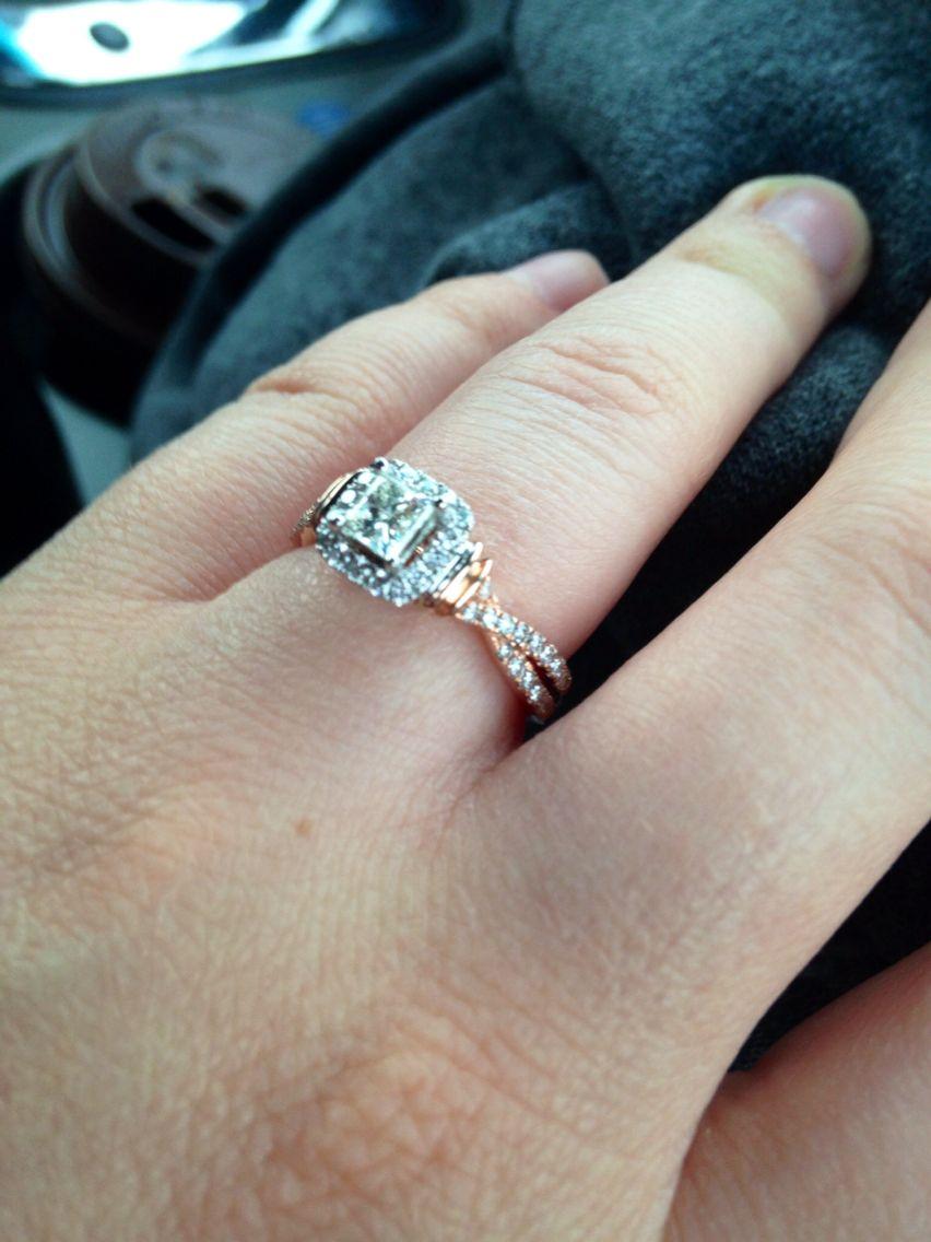 My Beautiful Neil Lane Engagement Ring In Rose Gold!