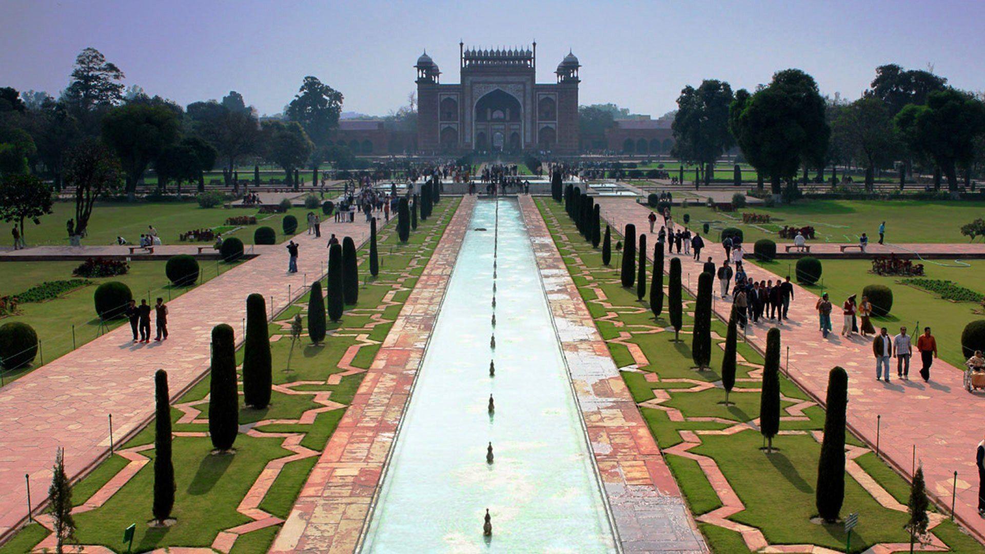 Shalimar Garden | Garden landscape design, Landscape ...