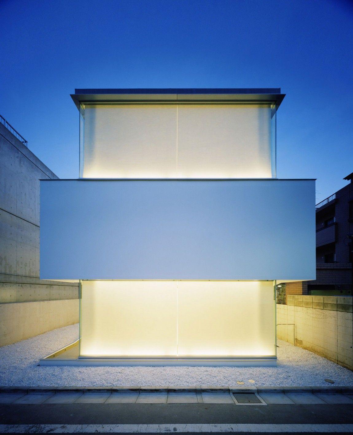 Gwenael Nicolas – Curiosity + Tomoyuki Ustumi – Milligram Studio / C1 house, Tokyo, Japan, 2005